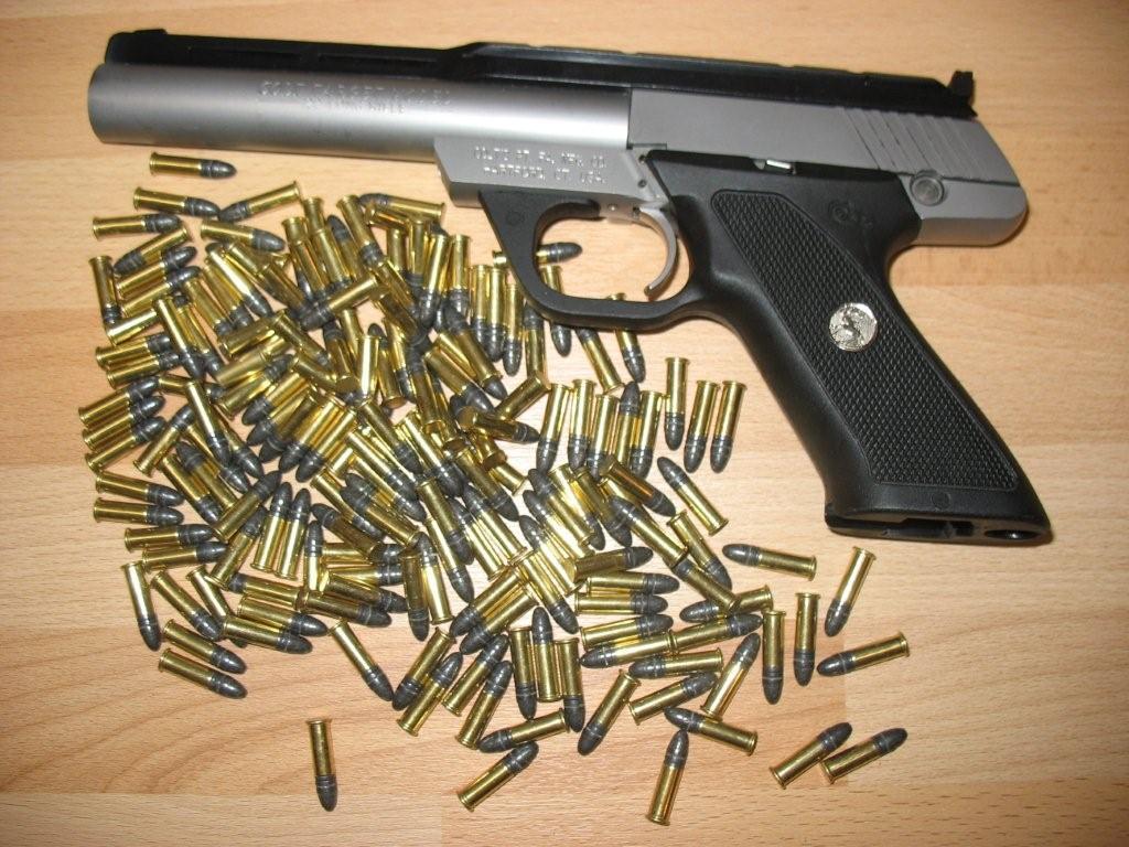 Pistole .22 lfB